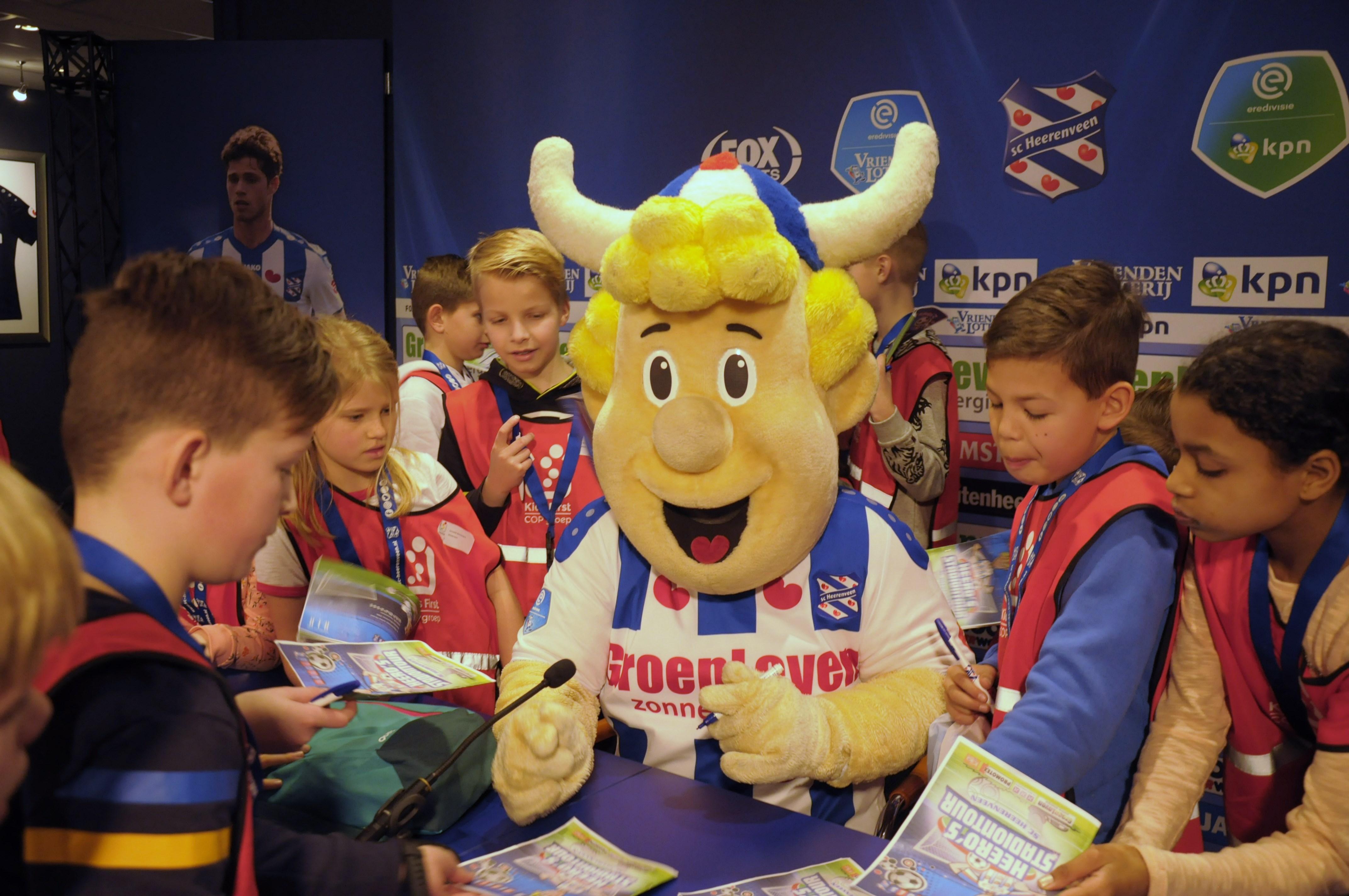 SC Heerenveen - Stadionbezoek BSO Kids First COP groep Friesland