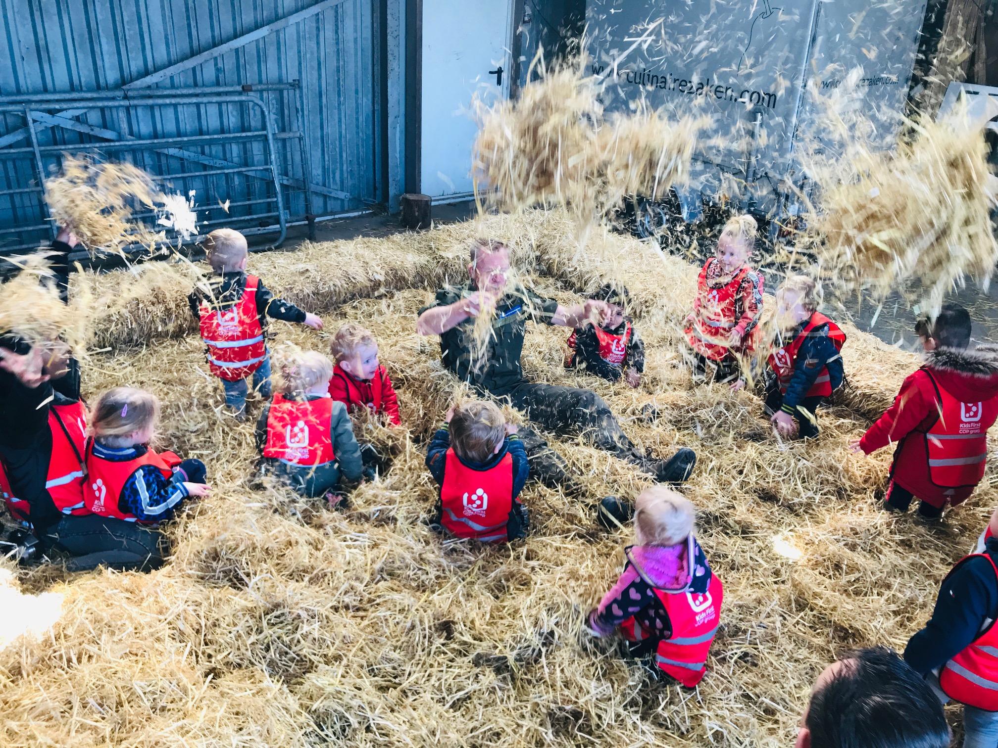 Kids First COP groep - Lammetjesdag 2019 in het stro