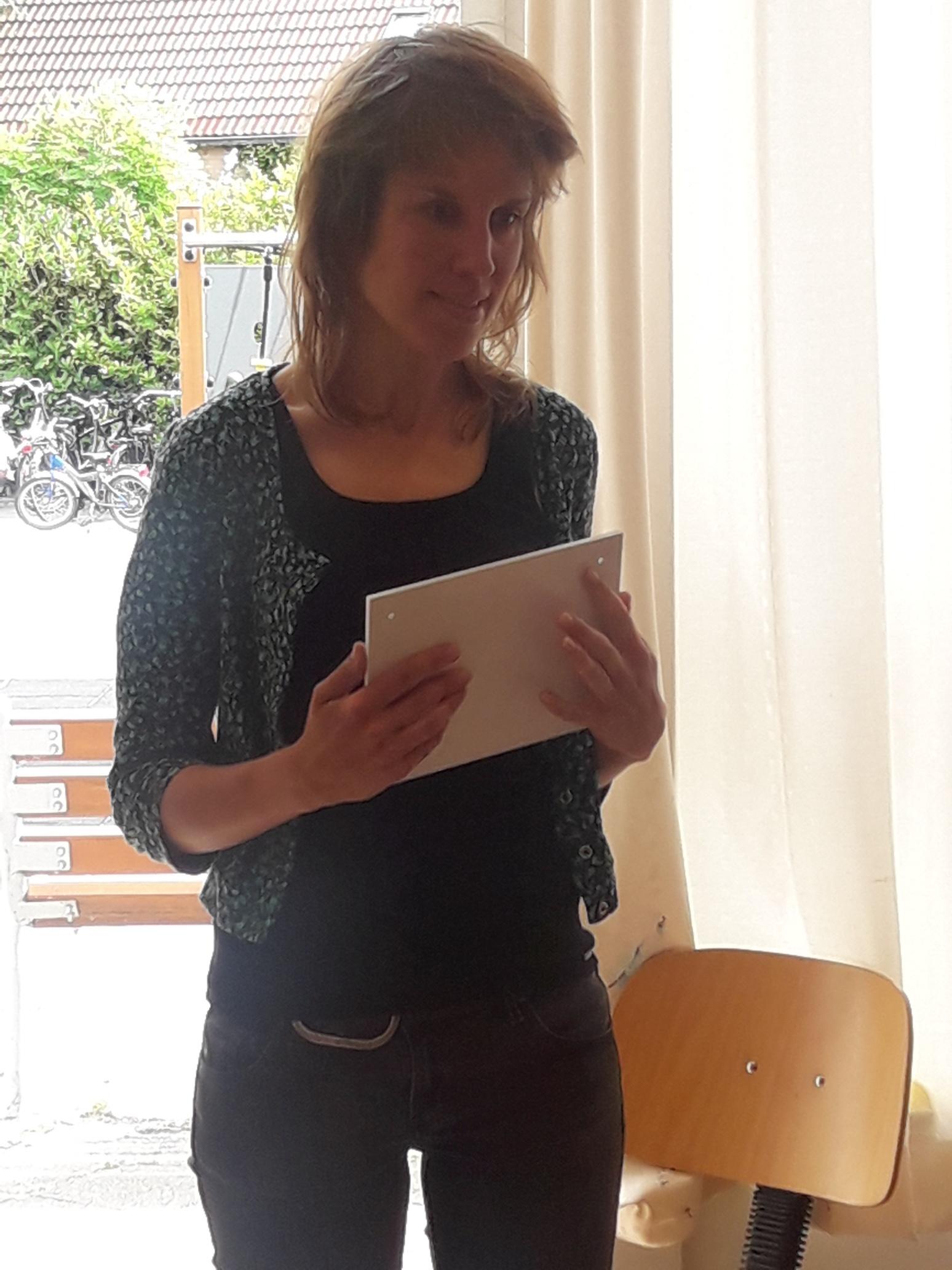 It Pjuttekampke tweetalig, Nynke Laverman - Kids First COP groep