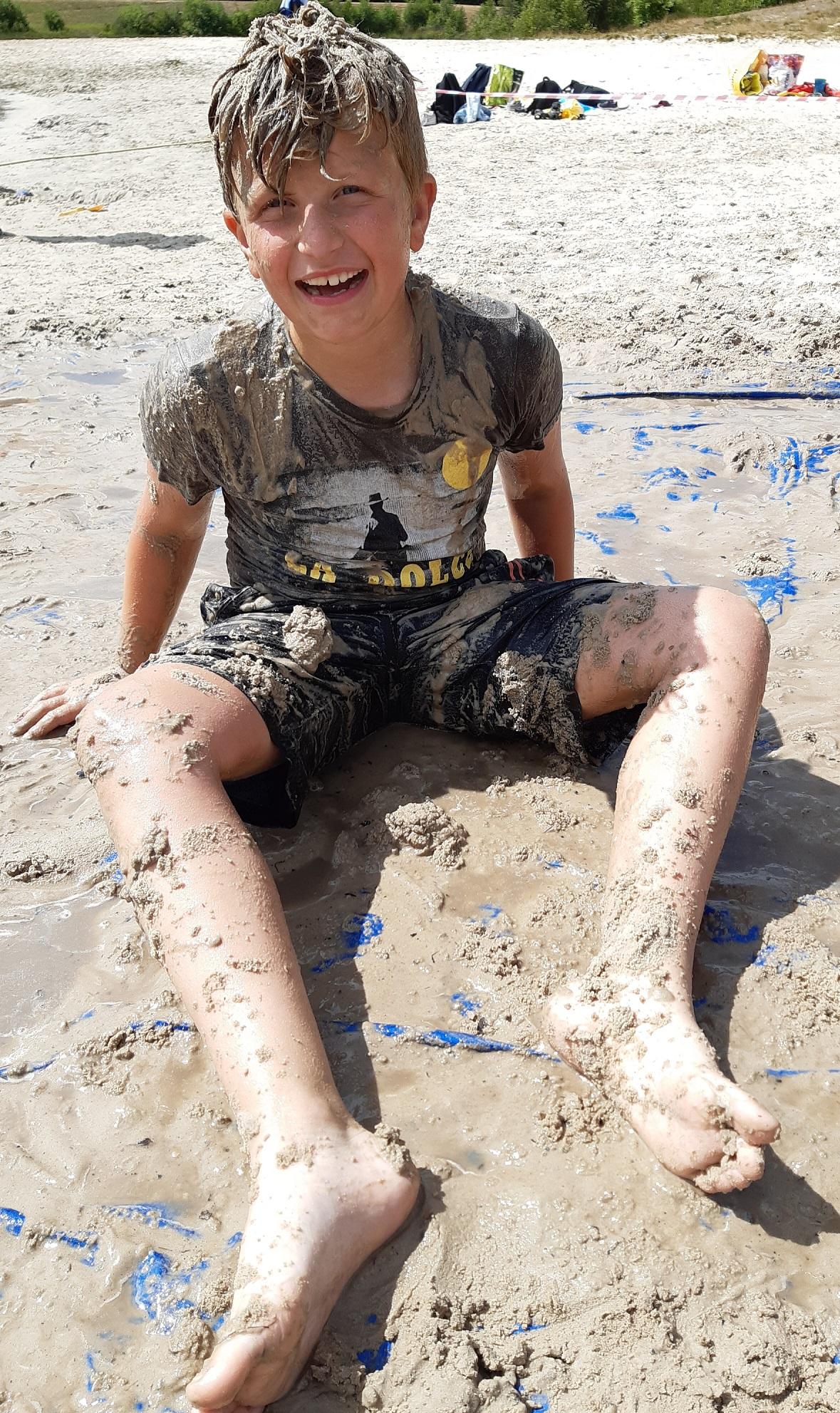 Modderdag Assen Baggelhuizerplas - Kids First COP groep Drenthe